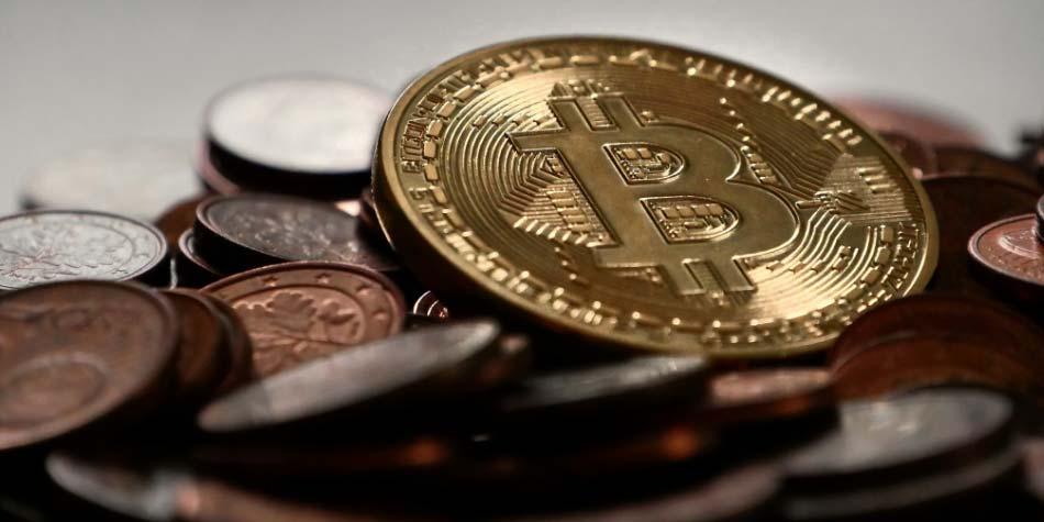 Brauchen wir ein neues Menschenrecht — das Recht, unser digitales Bargeld selbst zu wählen?